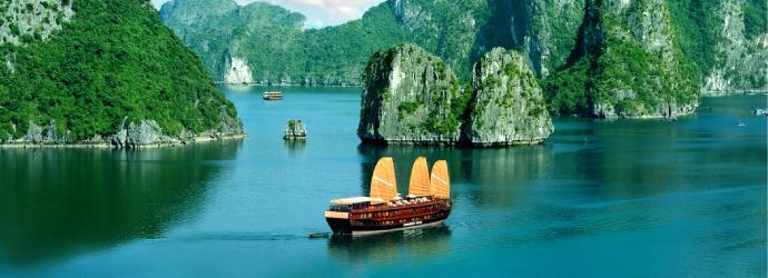 Halong-bay-Vietnamt